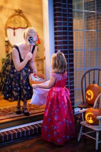Children's Safety Tips For Halloween!